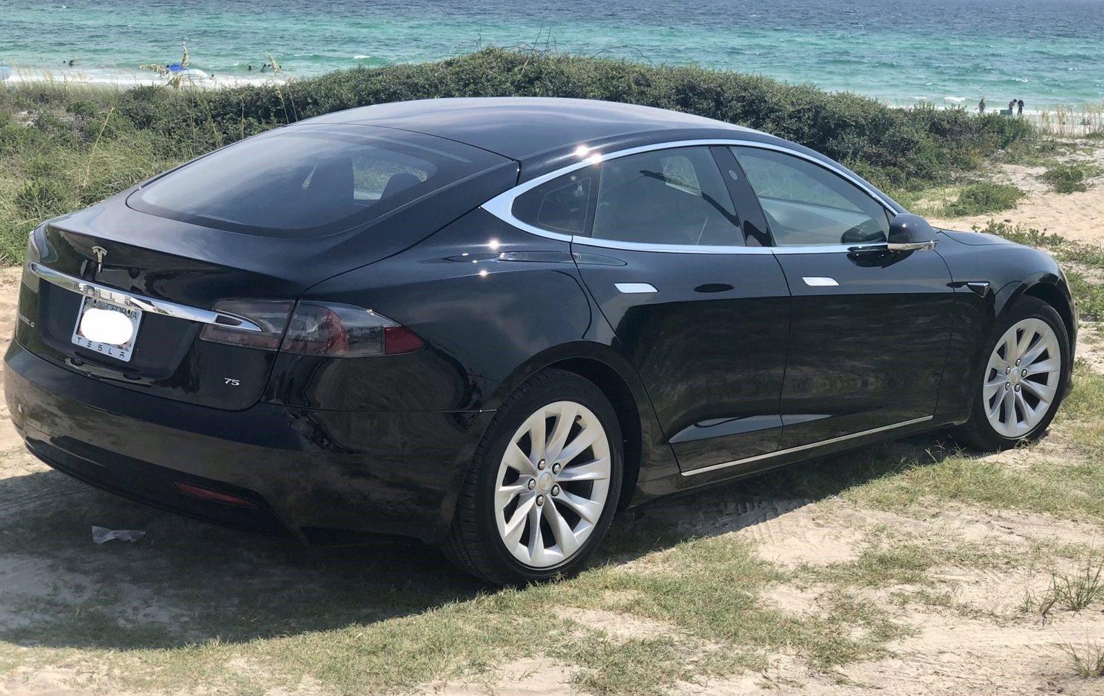 2017 Tesla Model S 75 w/Full Self Driving Paid