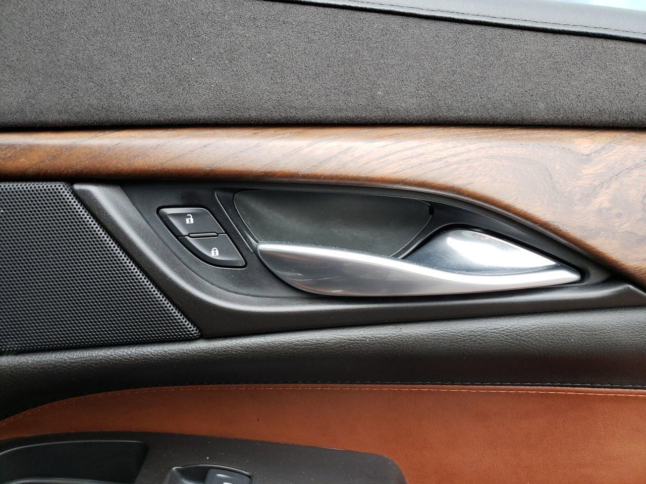 Pre-Owned 2016 Cadillac Escalade ESV Premium Collection