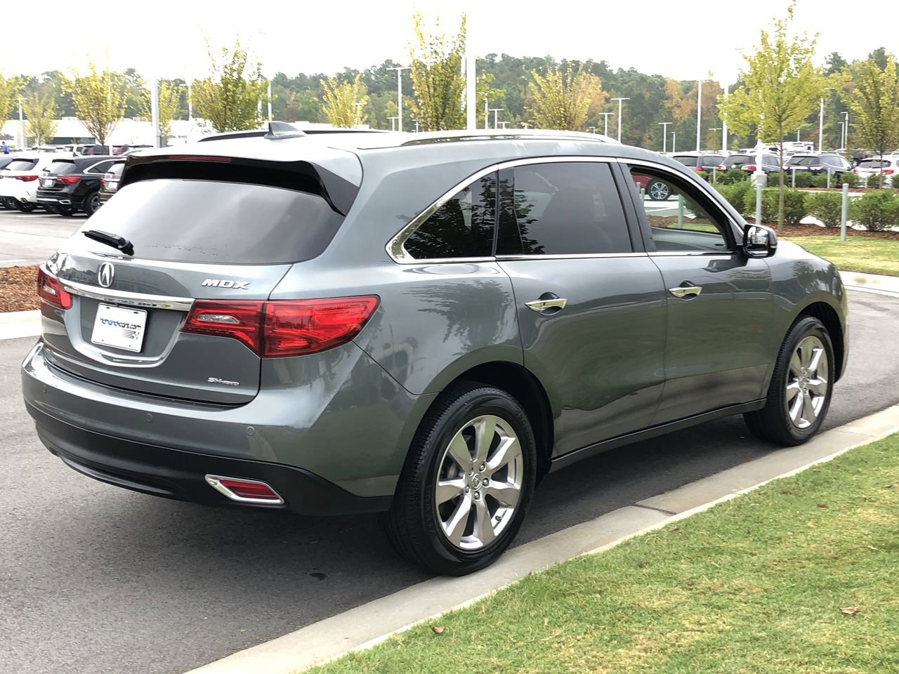 Pre-Owned 2016 Acura MDX w/Advance