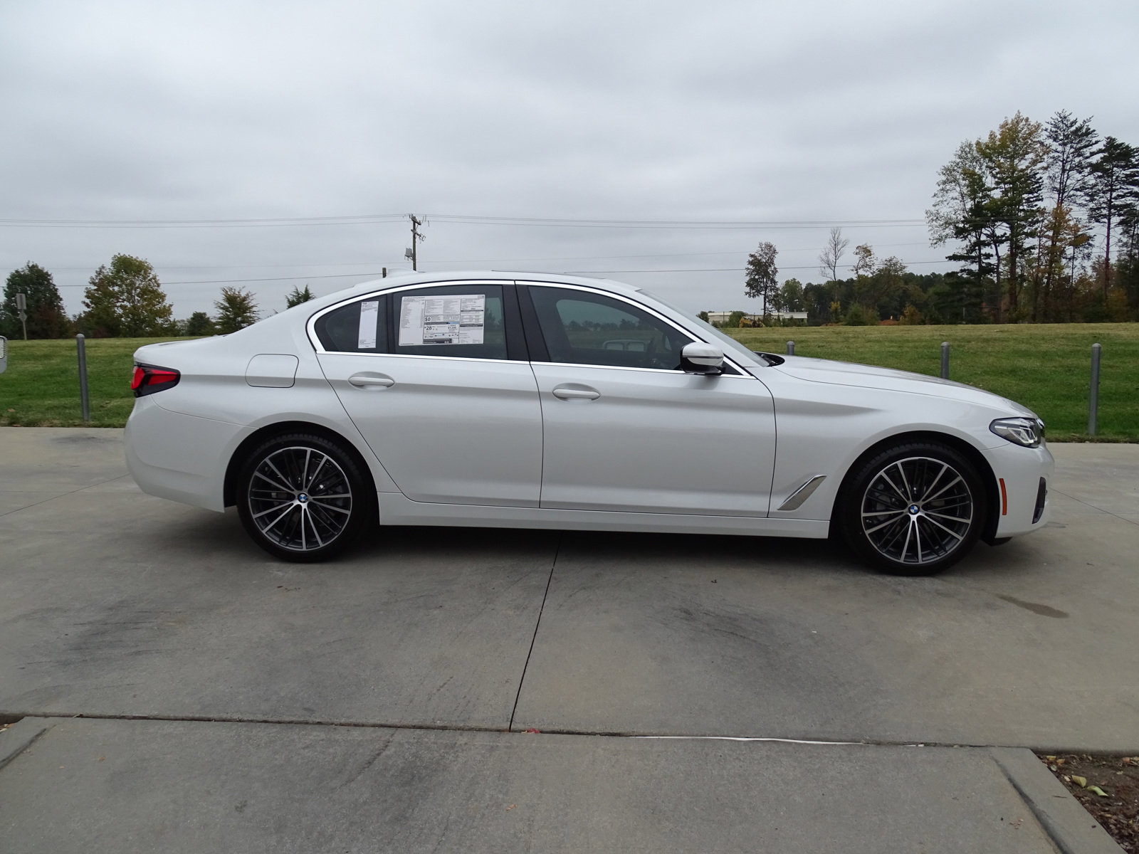 Pre-Owned 2021 BMW 5 Series 530i