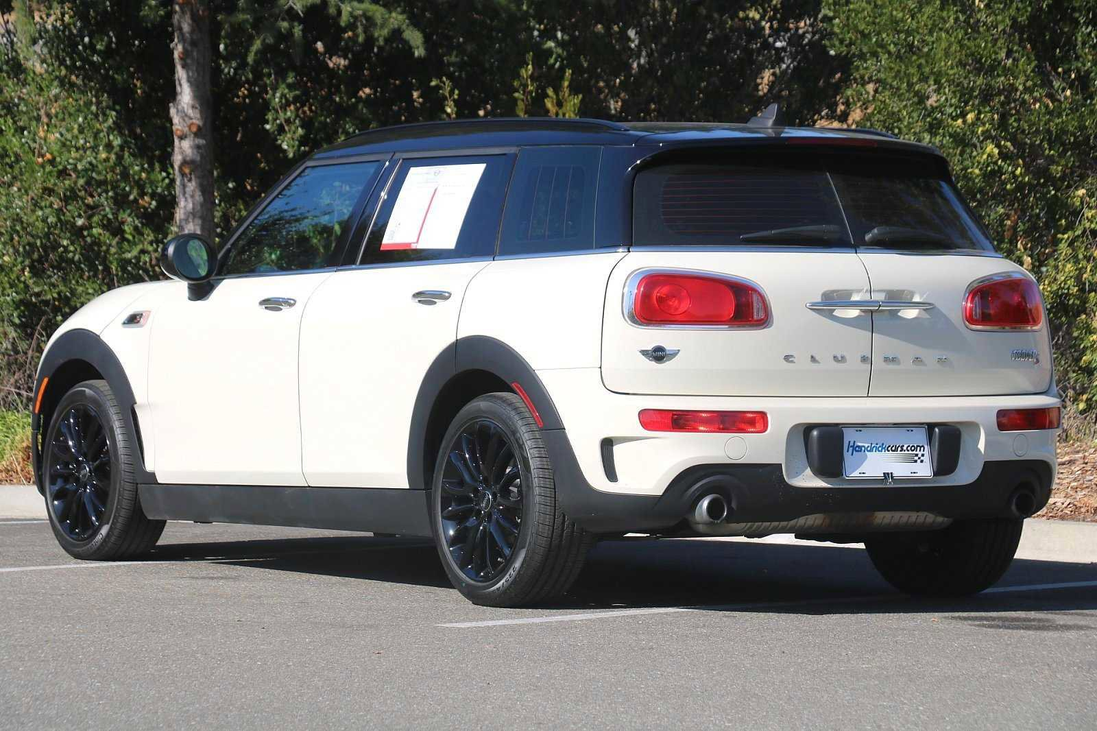 Pre-Owned 2016 MINI Cooper Clubman S