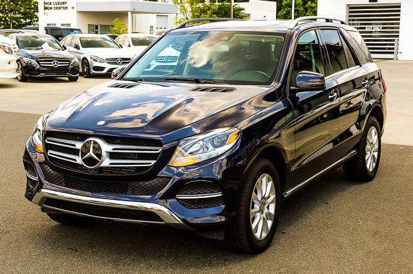 Certified Pre-Owned 2016 Mercedes-Benz GLE GLE 300d