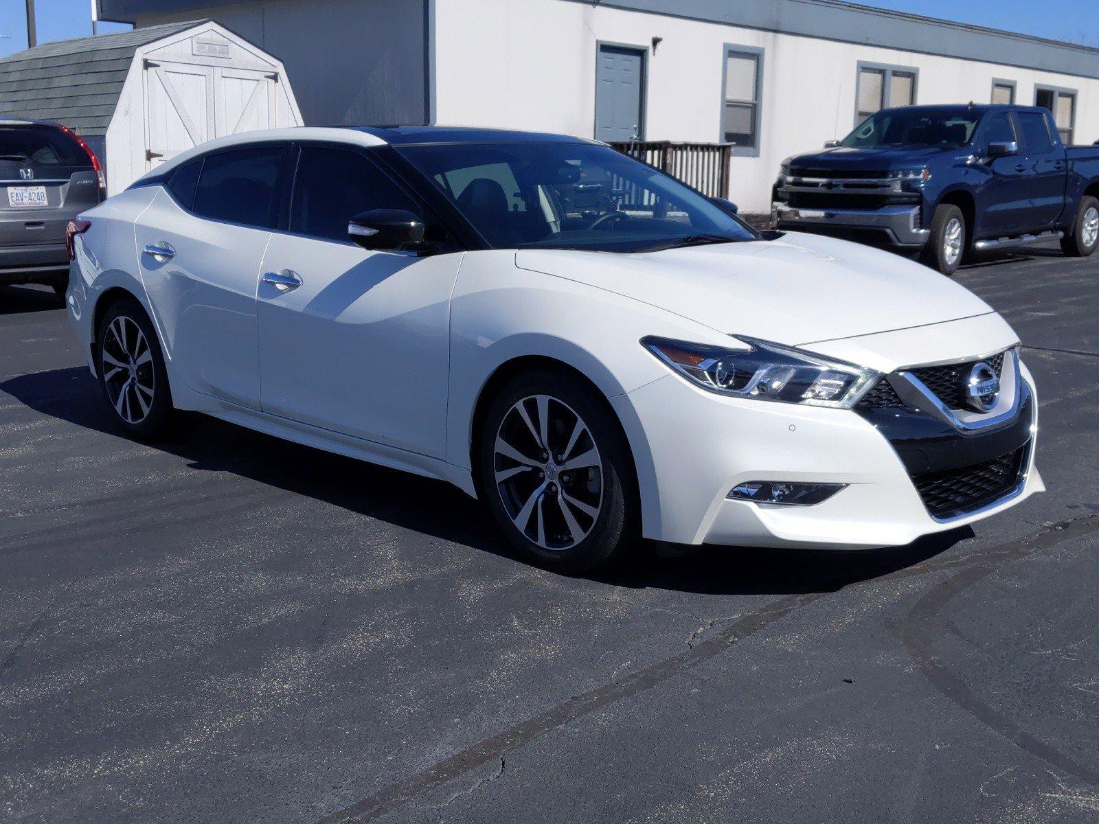 Pre-Owned 2017 Nissan Maxima Platinum