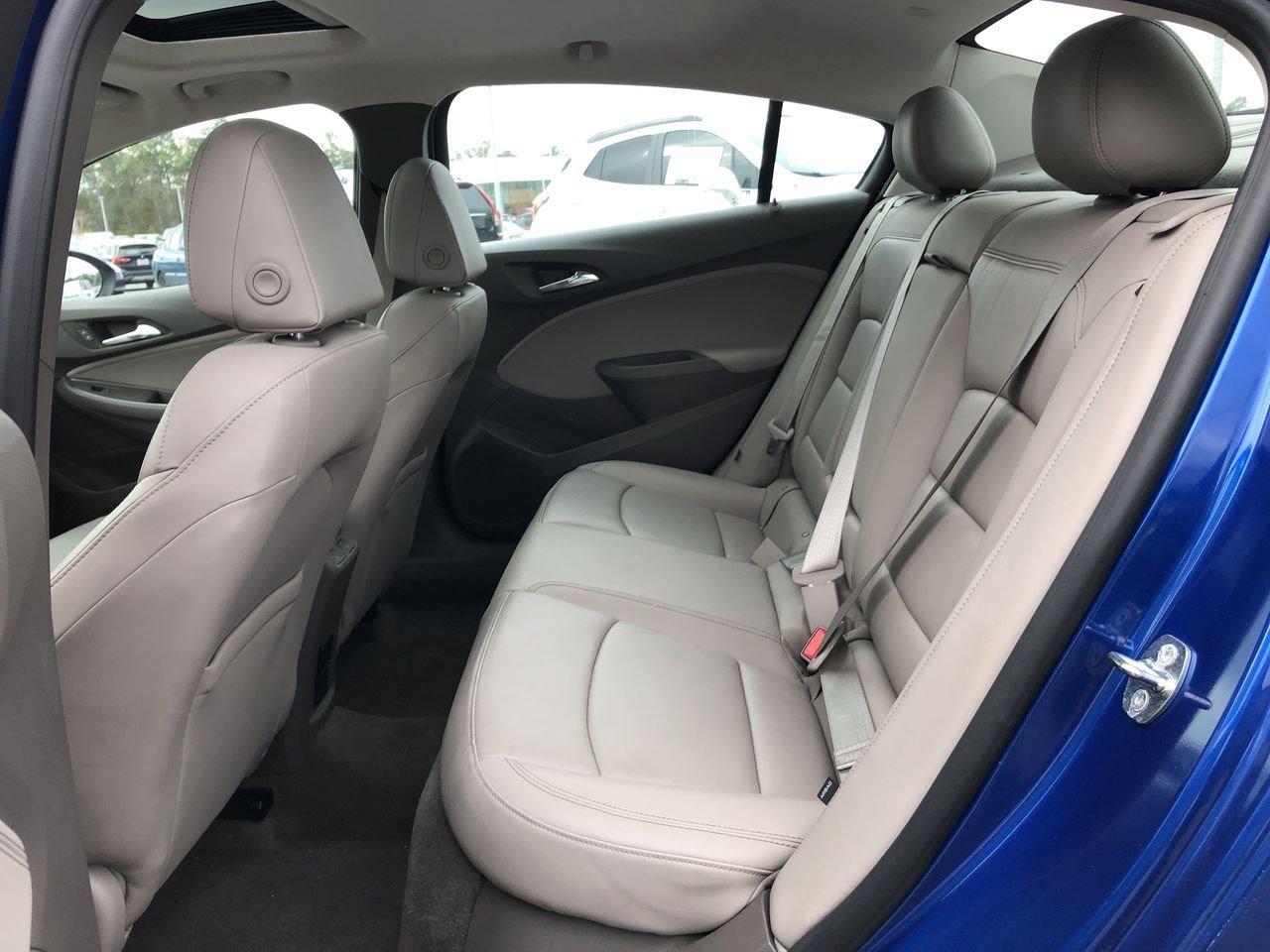 Pre-Owned 2016 Chevrolet Cruze Premier
