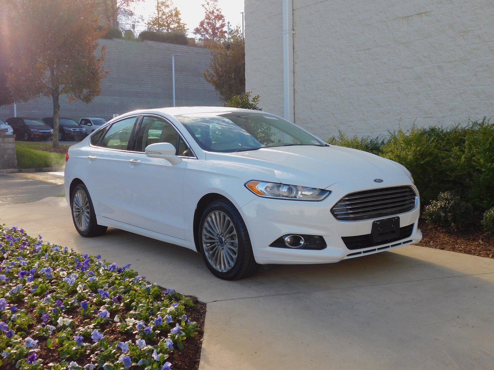 Pre-Owned 2016 Ford Fusion Titanium