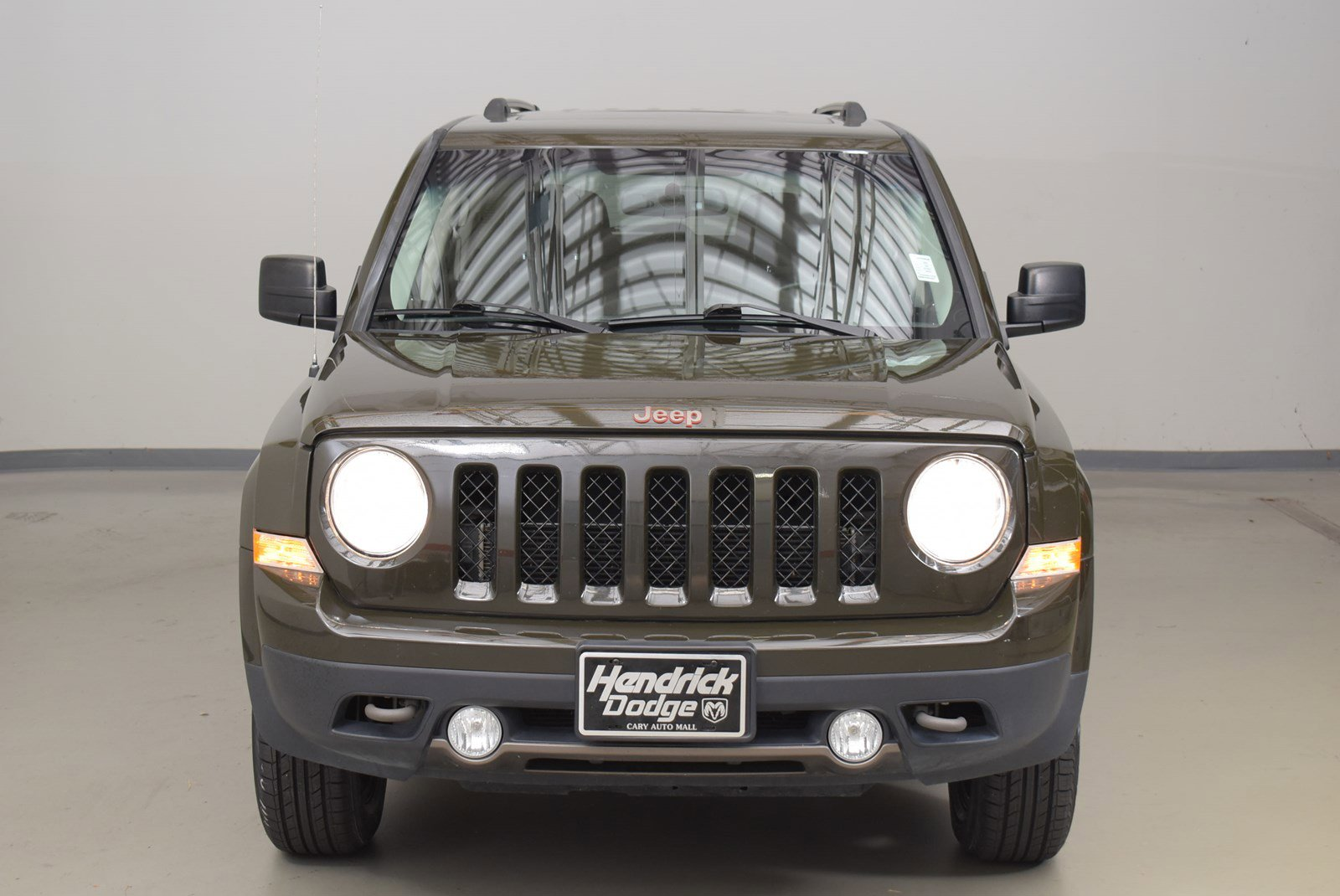 Pre-Owned 2016 Jeep Patriot 75th Anniversary