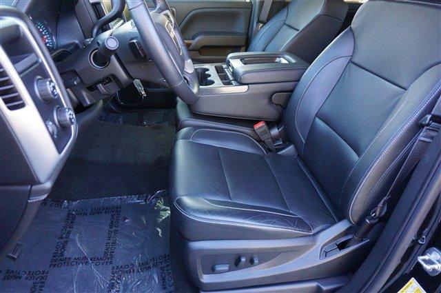 Pre-Owned 2017 GMC Sierra 1500 SLT