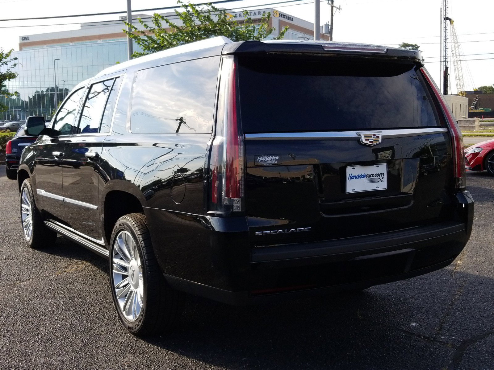 Pre-Owned 2020 Cadillac Escalade ESV Platinum
