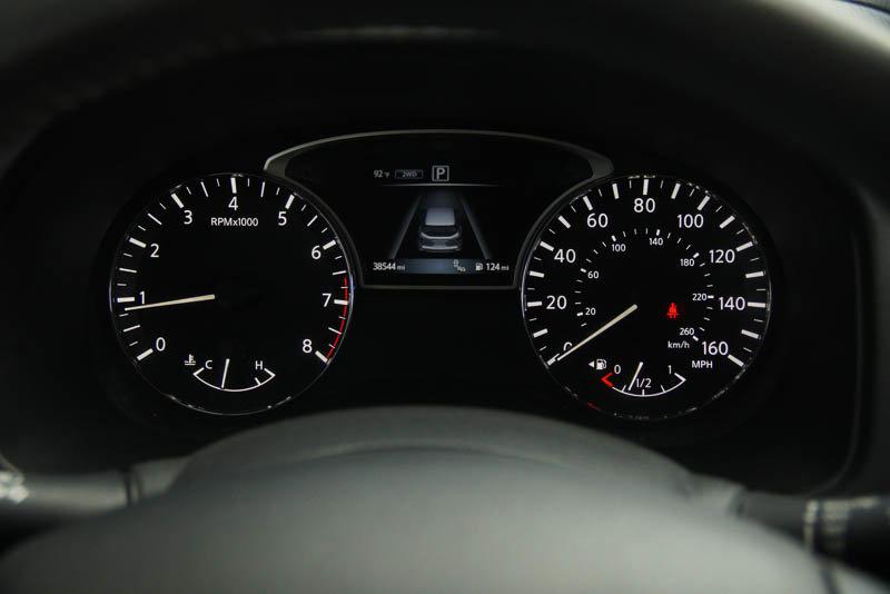 Pre-Owned 2017 Nissan Pathfinder SL