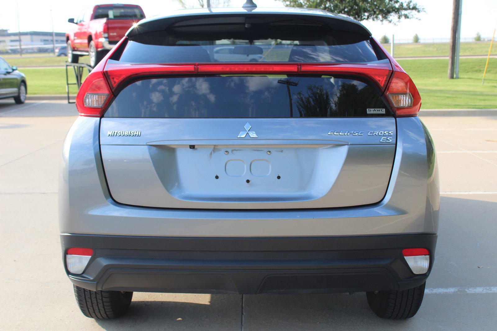 Pre-Owned 2019 Mitsubishi Eclipse Cross ES