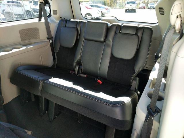 Pre-Owned 2018 Dodge Grand Caravan SXT