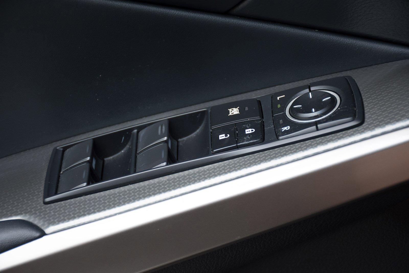 Pre-Owned 2017 Lexus IS IS 300 F Sport