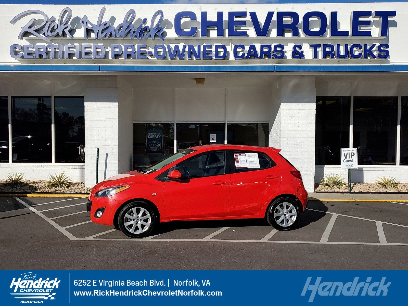 Pre-Owned 2013 Mazda2 Touring