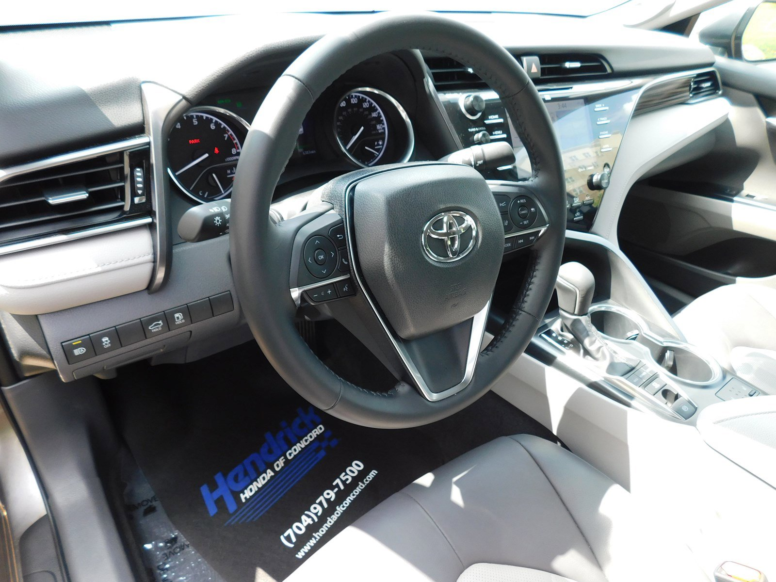 Pre-Owned 2019 Toyota Camry XLE