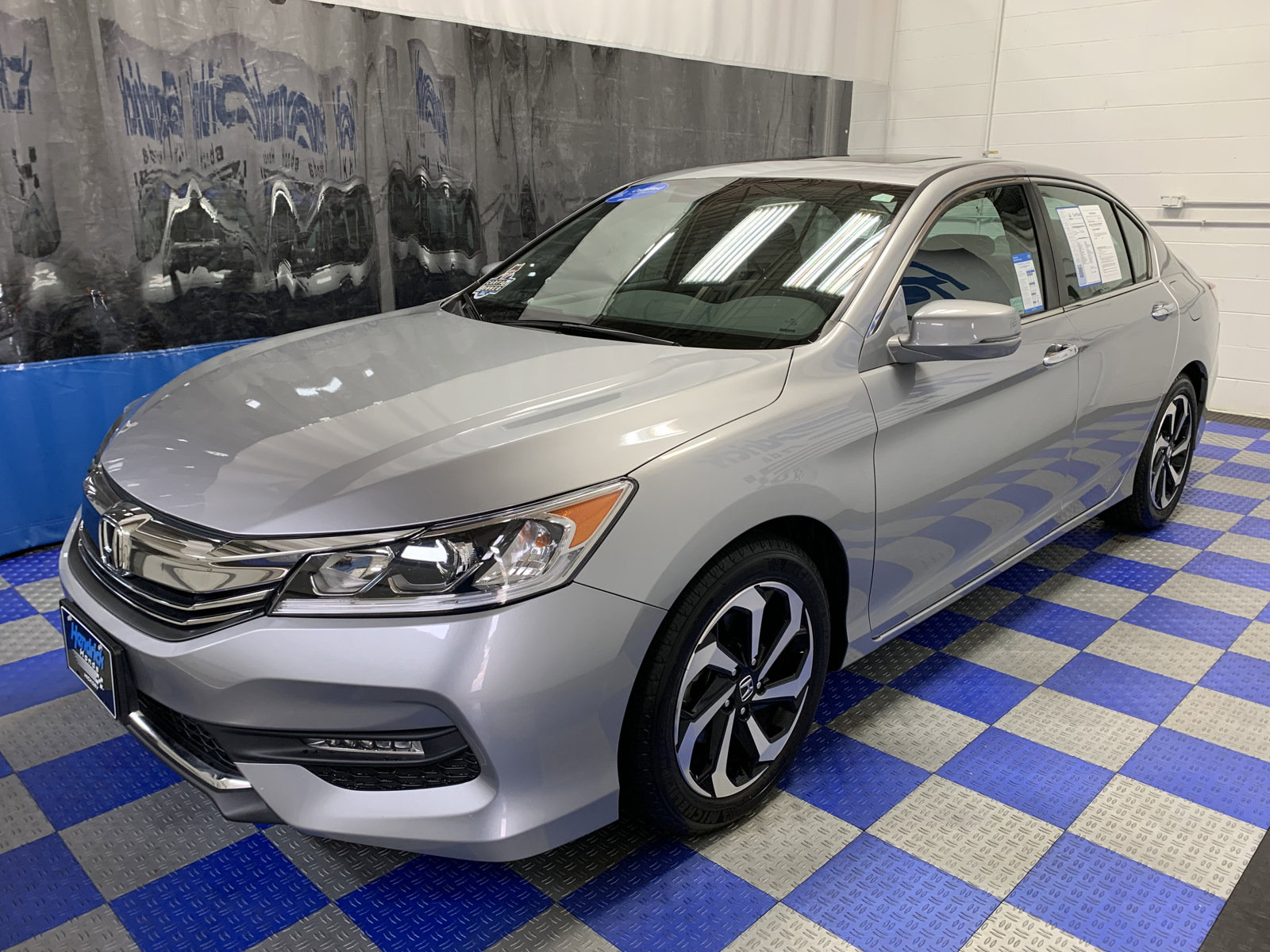 Certified Pre-Owned 2016 Honda Accord 4dr I4 CVT EX-L