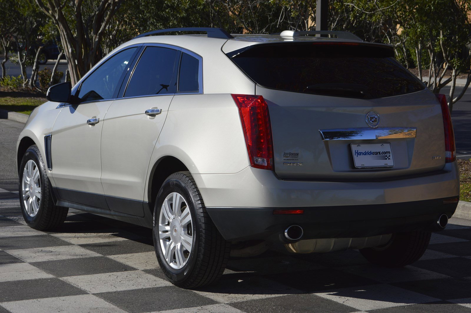 Pre-Owned 2015 Cadillac SRX
