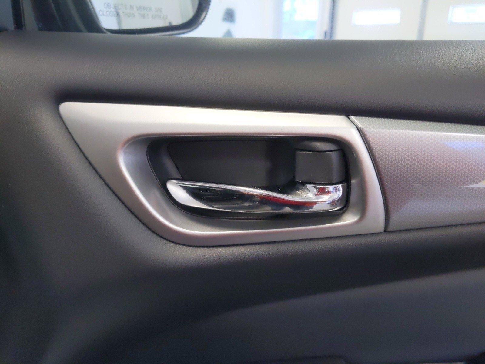 Pre-Owned 2020 Nissan Pathfinder SL