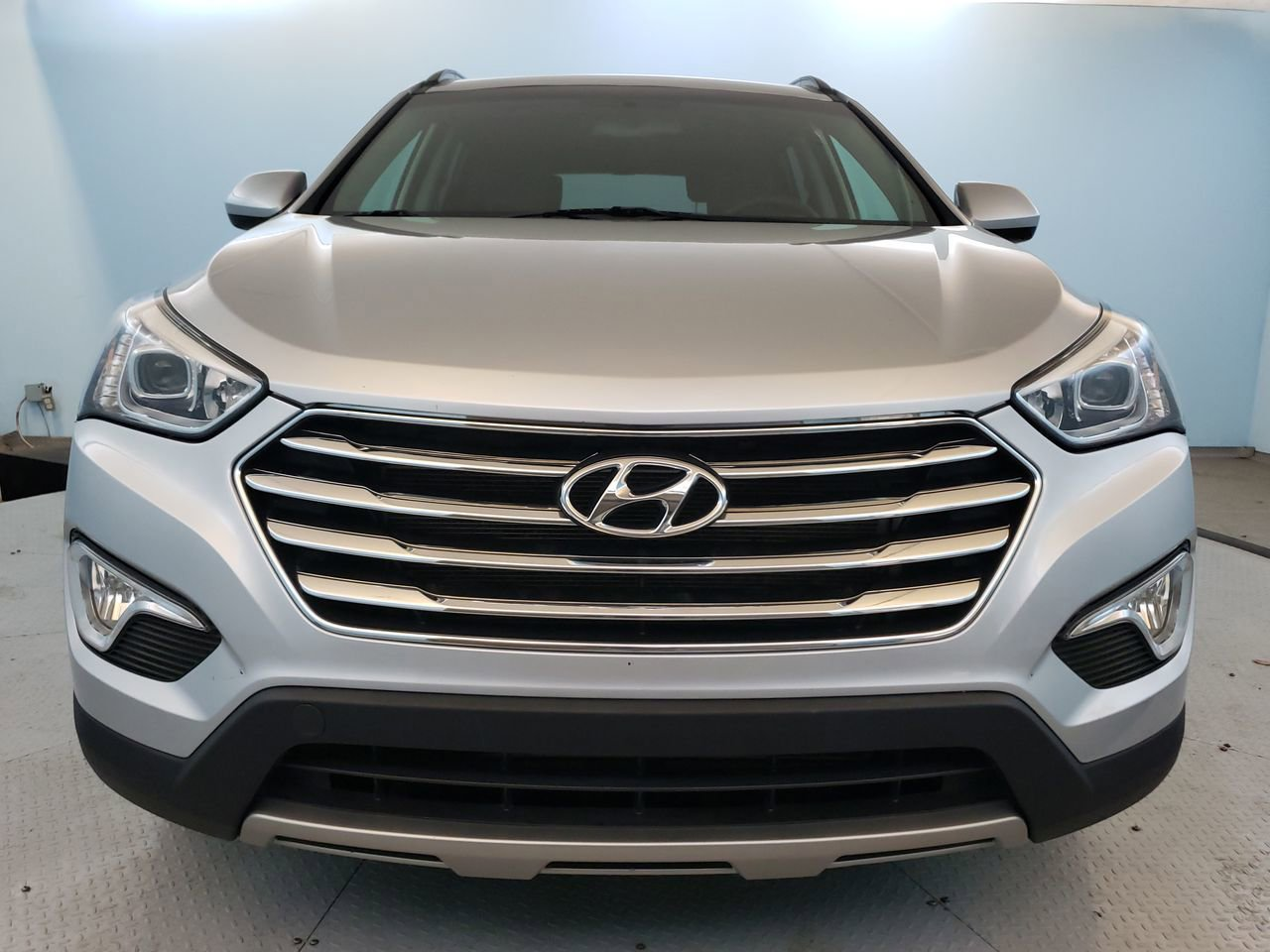 Pre-Owned 2016 Hyundai Santa Fe SE