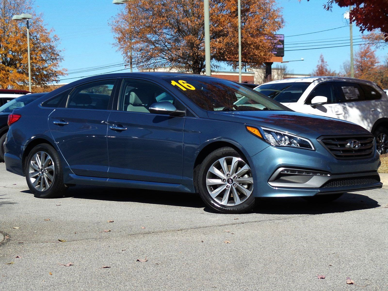 Pre-Owned 2016 Hyundai Sonata 2.4L Sport