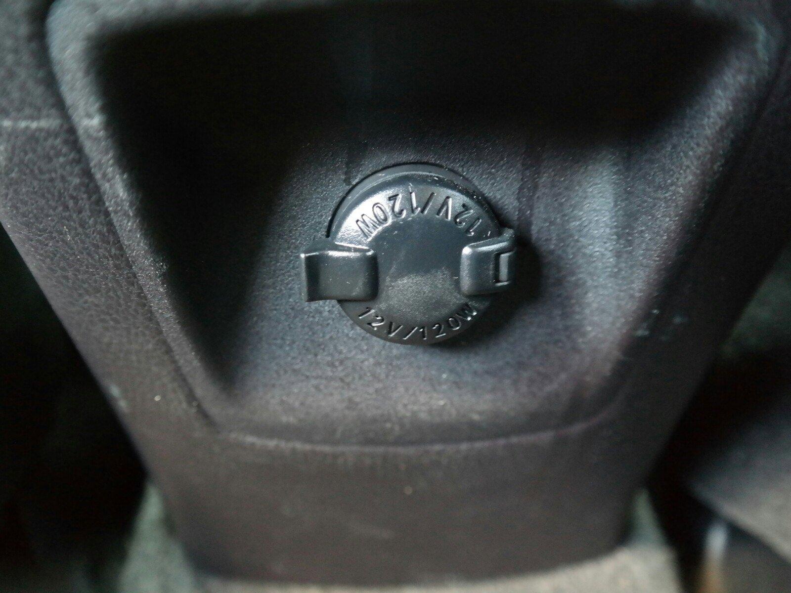 Pre-Owned 2016 Toyota RAV4 XLE