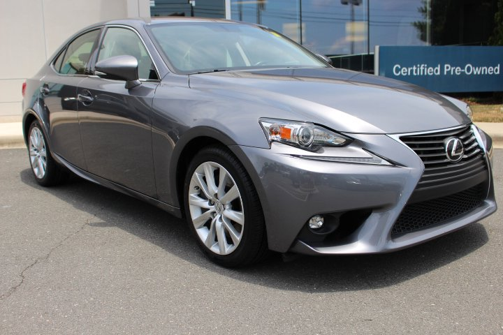Pre-Owned 2016 Lexus IS 200t 4dr Sdn