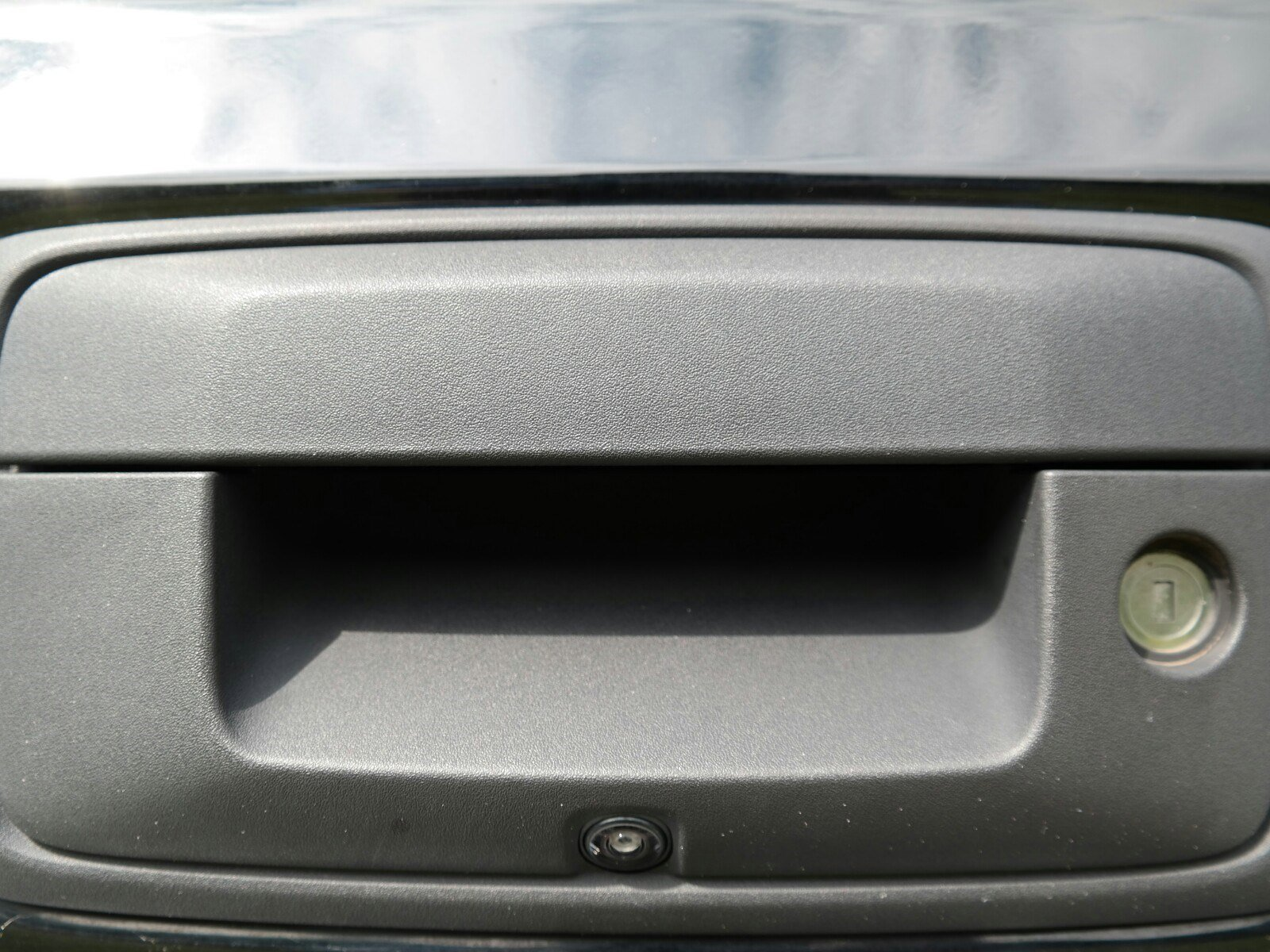Pre-Owned 2018 GMC Sierra 2500HD SLT