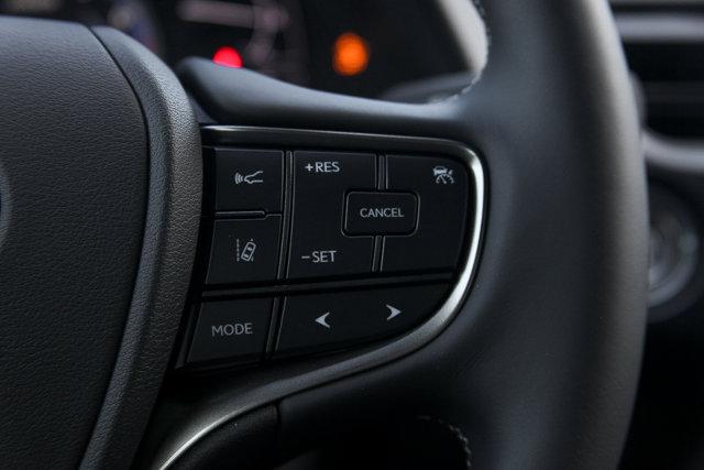 New 2019 Lexus UX UX200