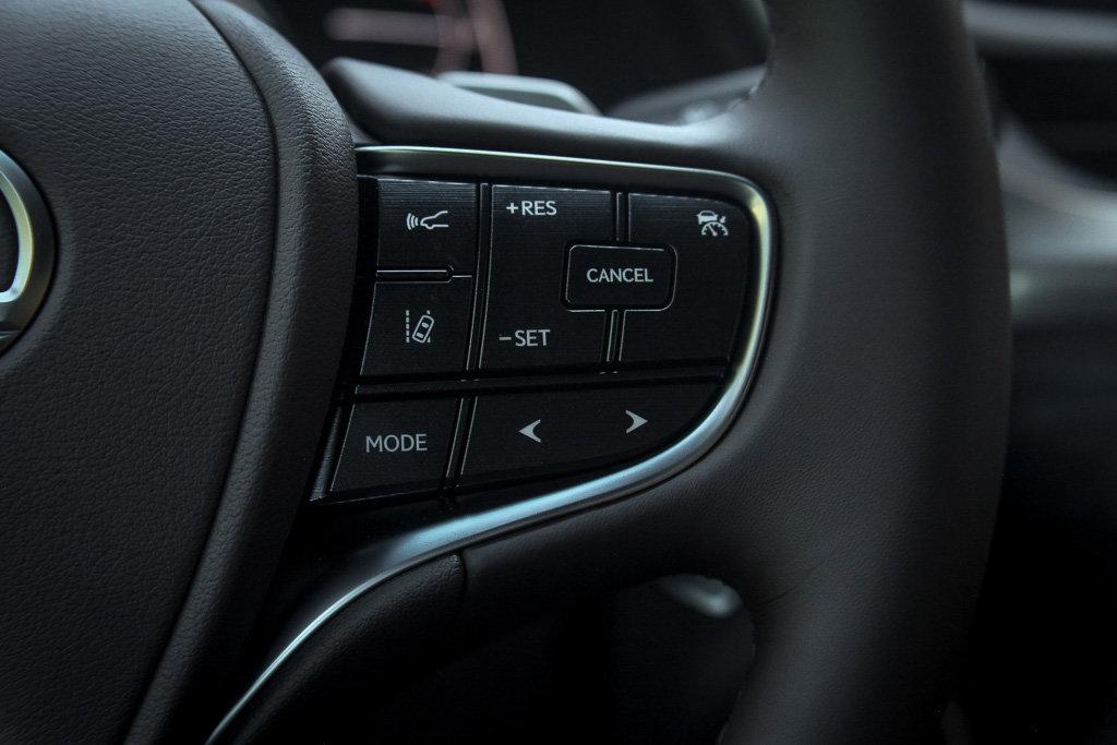 New 2020 Lexus ES 300h ES300h Premium Pkg Mark Levinson