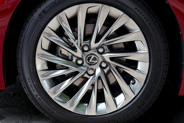 New 2019 Lexus ES 300h LUXURY ES300h Luxury Pkg HUD