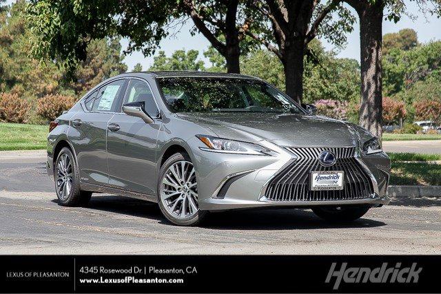 New 2020 Lexus ES 300h ES300h Premium Pkg