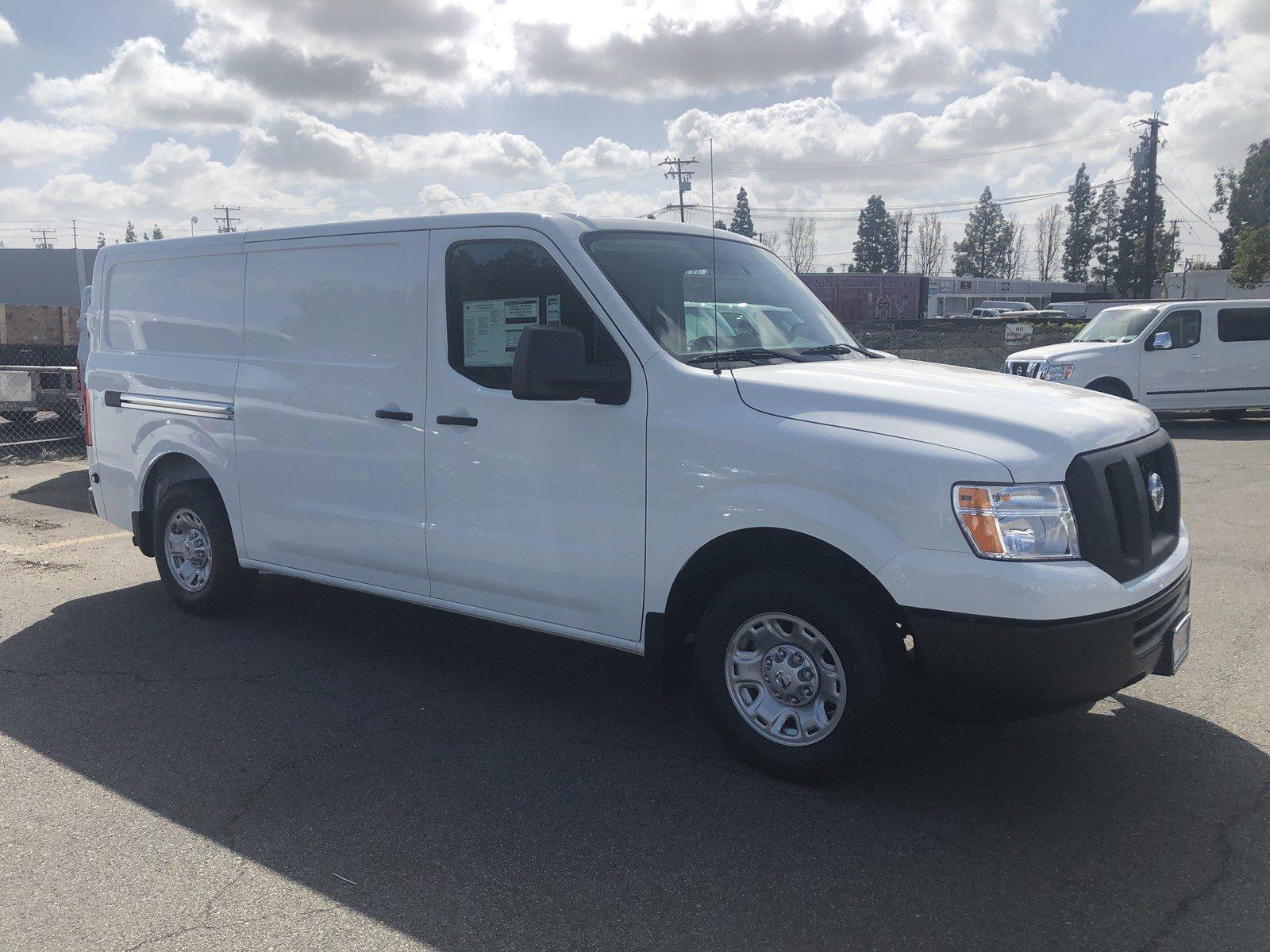 New 2019 Nissan NV Cargo SV