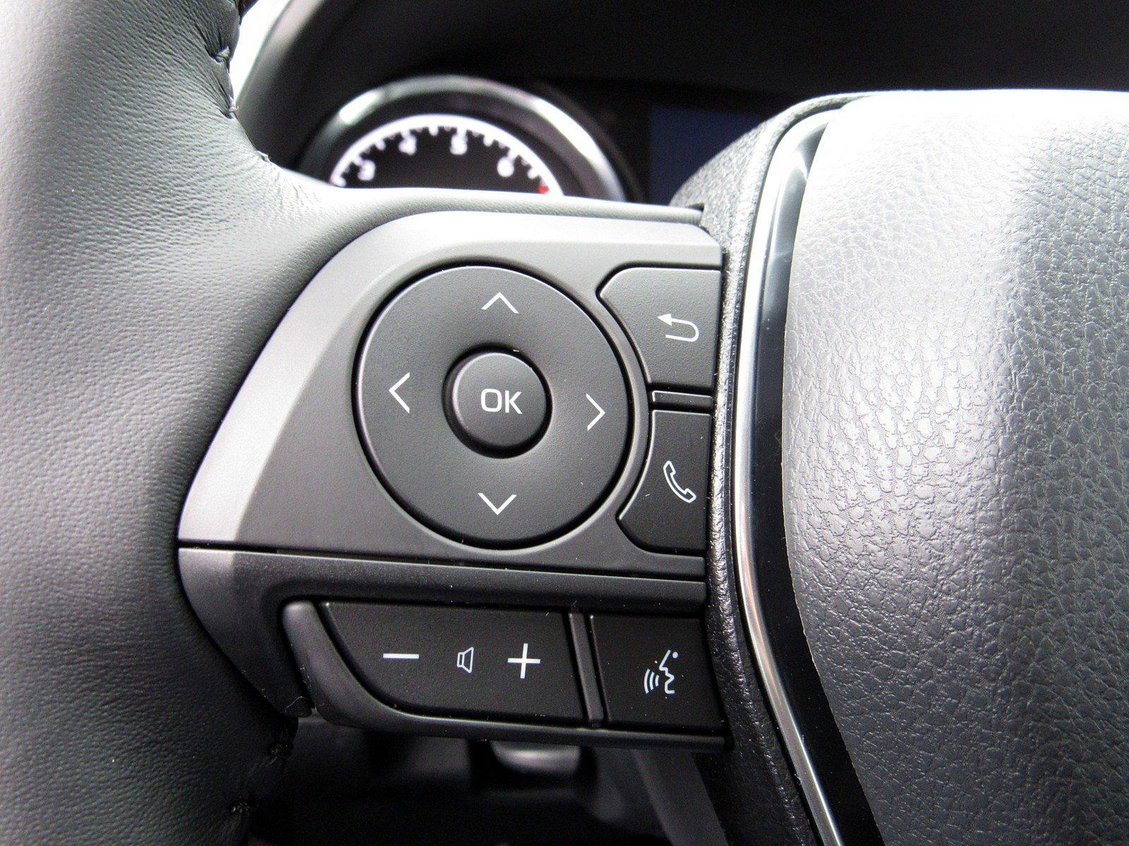 New 2020 Toyota Camry SE Nightshade