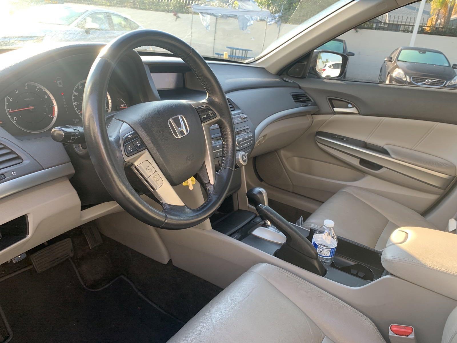 Pre-Owned 2010 Honda Accord Sdn EX-L