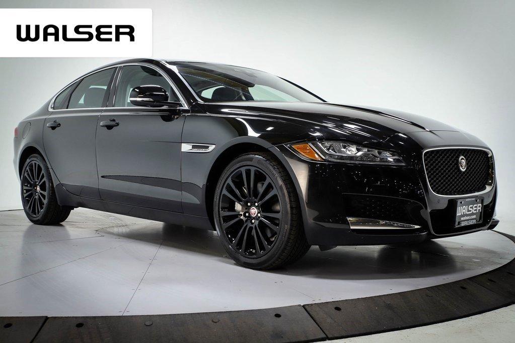 Pre-Owned 2018 Jaguar XF XF PRESTIGE AWD