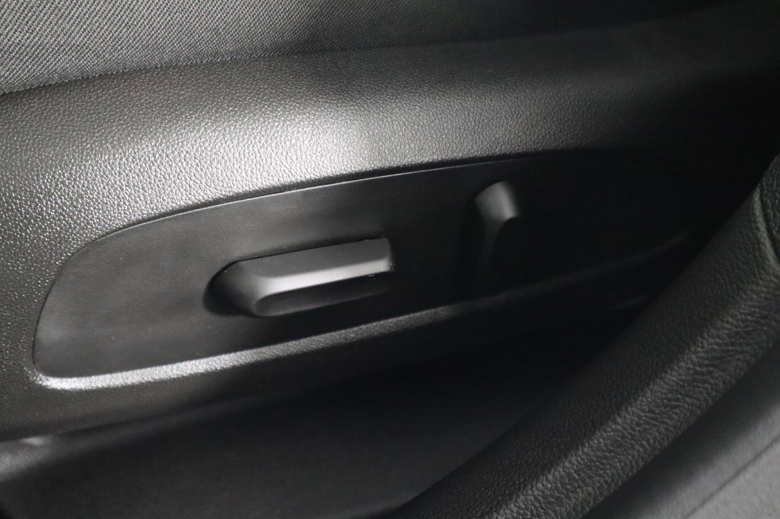 Pre-Owned 2017 Chevrolet Cruze LT