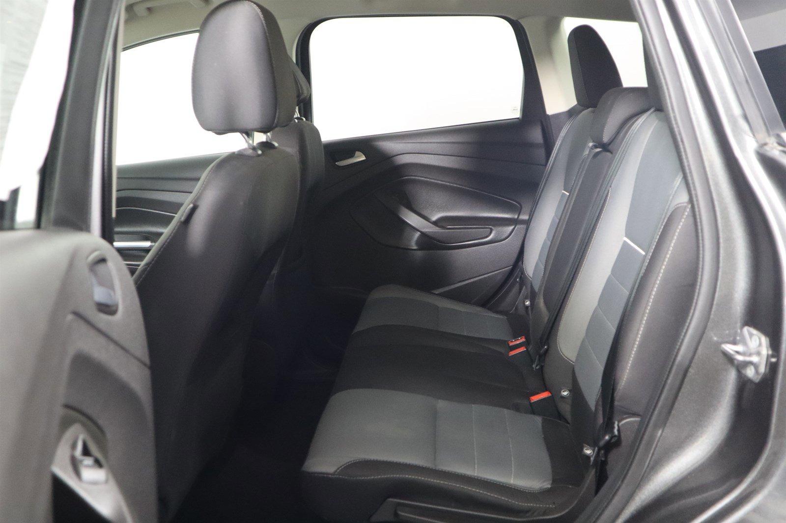 Pre-Owned 2015 Ford Escape SE