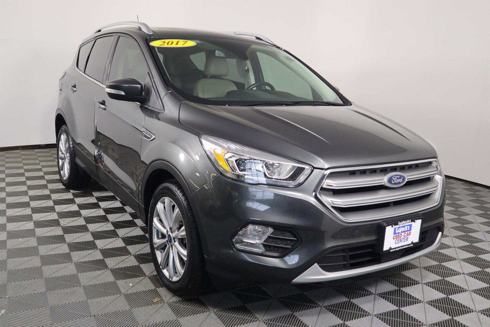 Pre-Owned 2017 Ford Escape Titanium