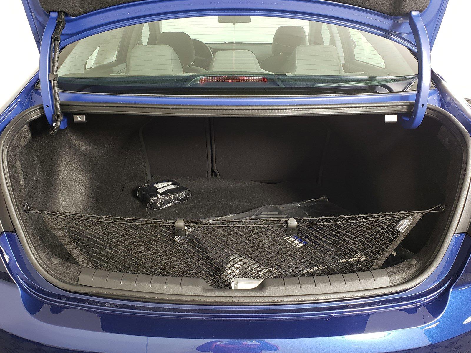 New 2020 Hyundai Elantra SEL