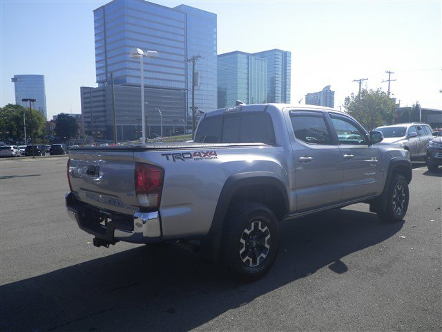 Pre-Owned 2016 Toyota Tacoma 4WD
