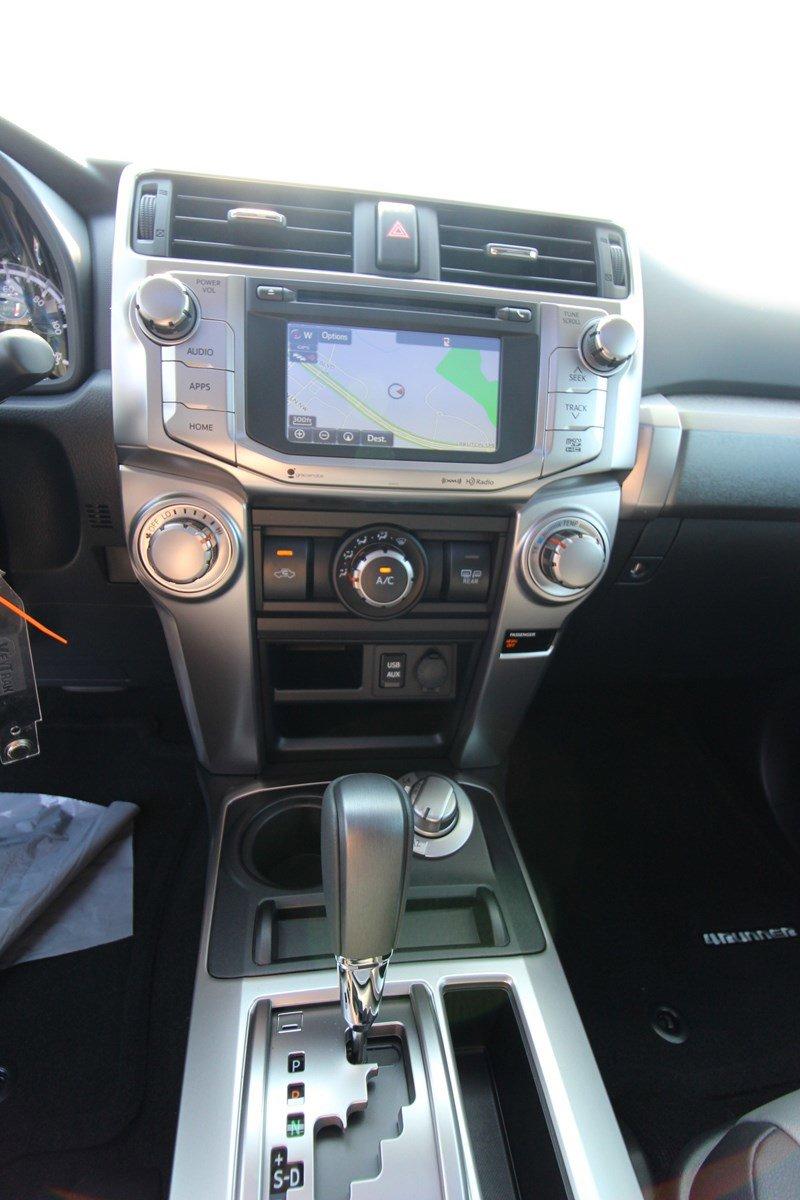New 2019 Toyota 4Runner SR5 PREMIUM