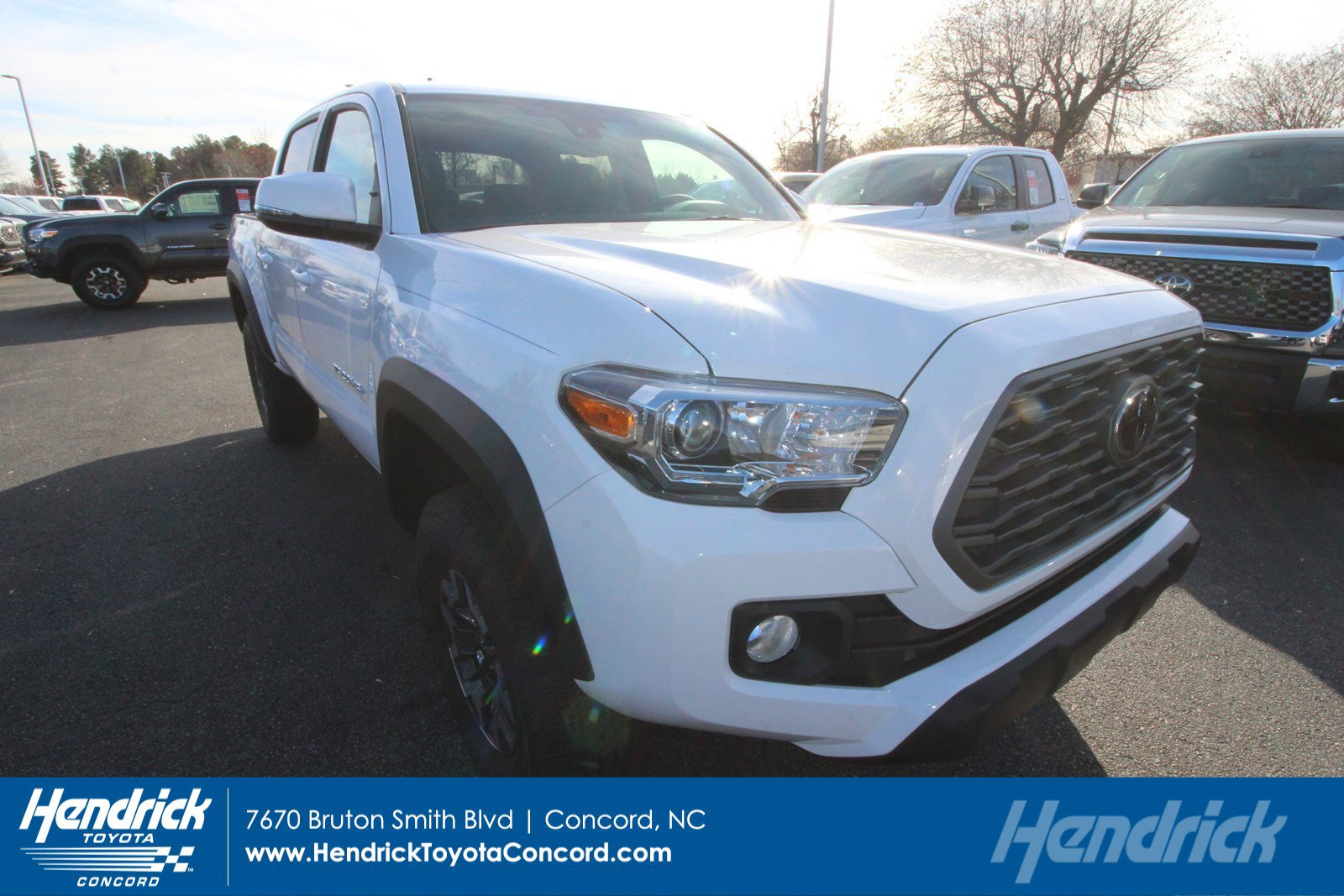 New 2020 Toyota Tacoma 4X2 TRD OFF RD DCAB
