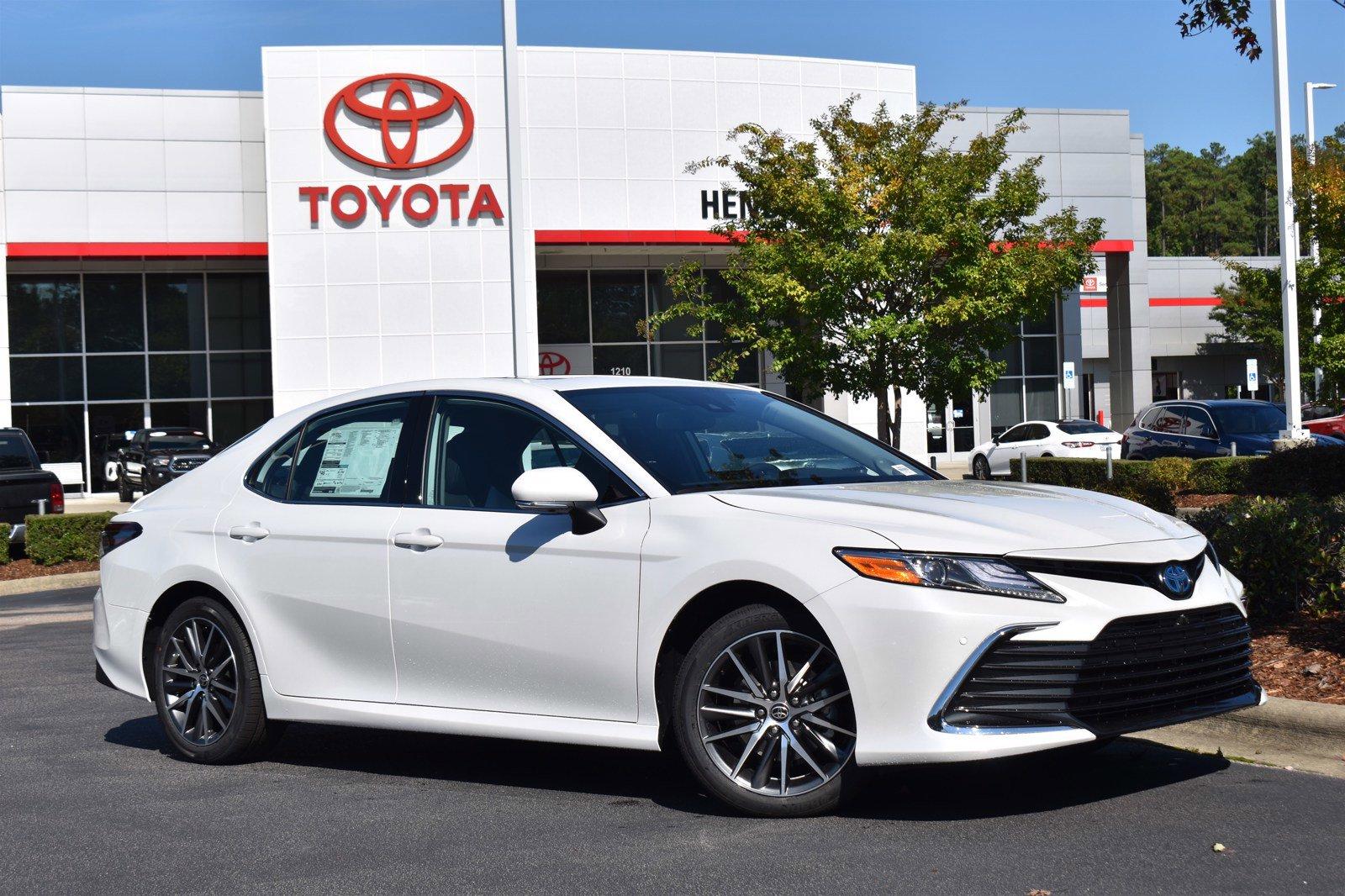 New 2022 Toyota Camry Hybrid XLE