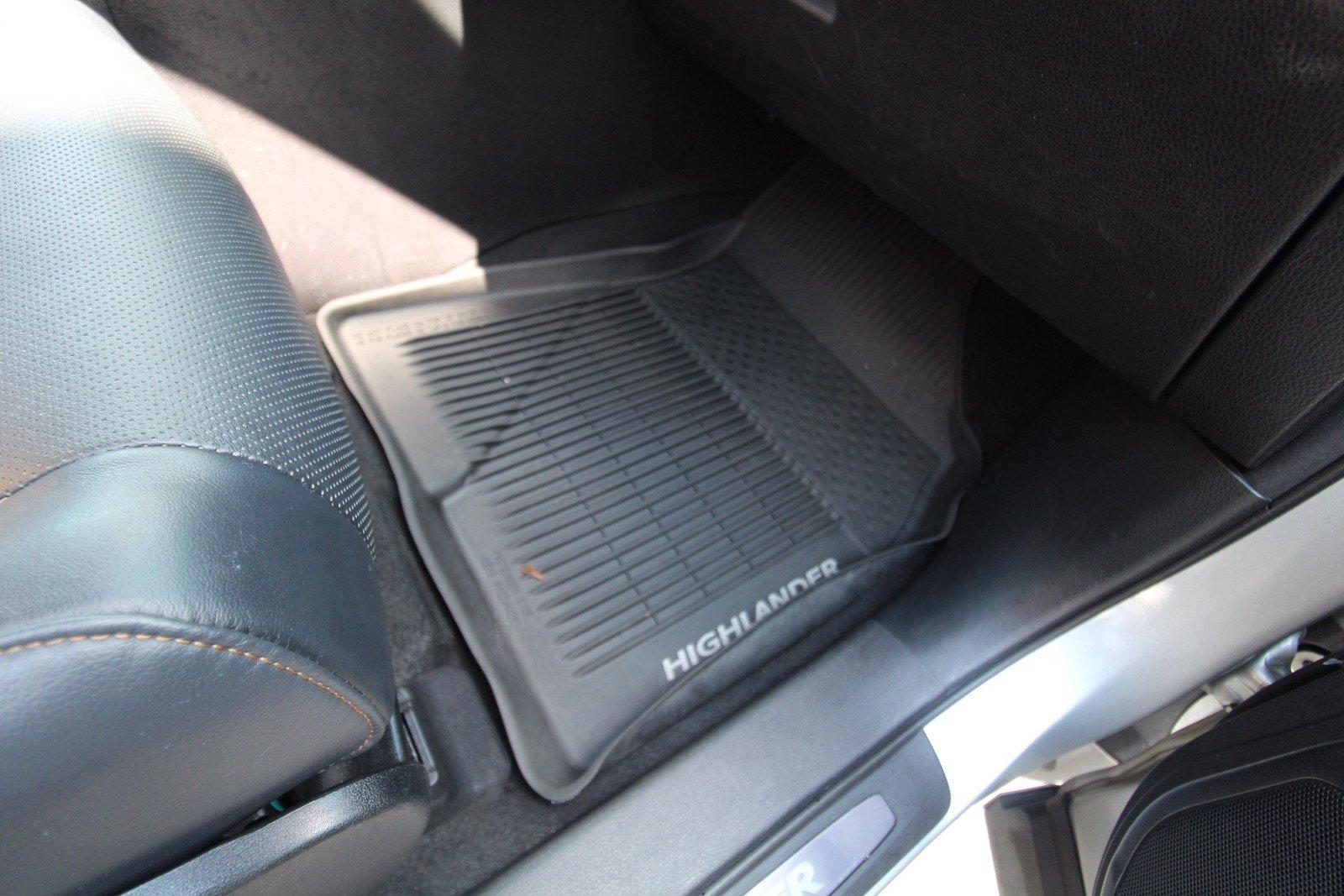 Certified Pre-Owned 2018 Toyota Highlander Limited Platinum