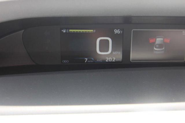 New 2019 Toyota Prius XLE