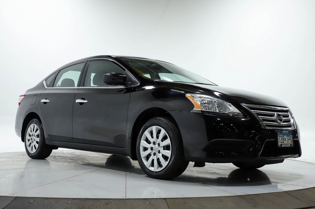 Certified Pre-Owned 2015 Nissan Sentra SV HTSEATS