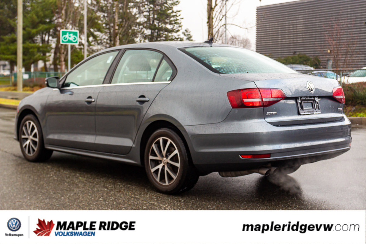 Pre-Owned 2016 Volkswagen Jetta Sedan Comfortline SUNROOF, WINTER TIRES, NO ACCIDENTS, LOCAL!