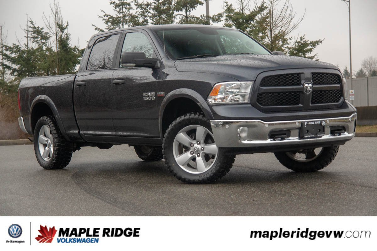 Pre-Owned 2017 Ram 1500 Outdoorsman 4X4 CREW CAB, SUNROOF, NO ACCIDENTS, B.C. TRUCK!