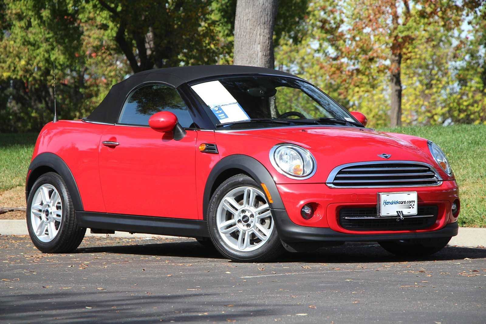 Pre-Owned 2014 MINI Cooper Roadster 2dr