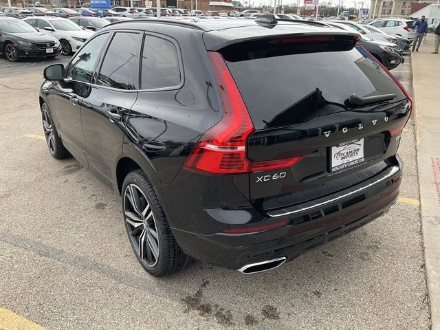New 2021 Volvo XC60 R-Design