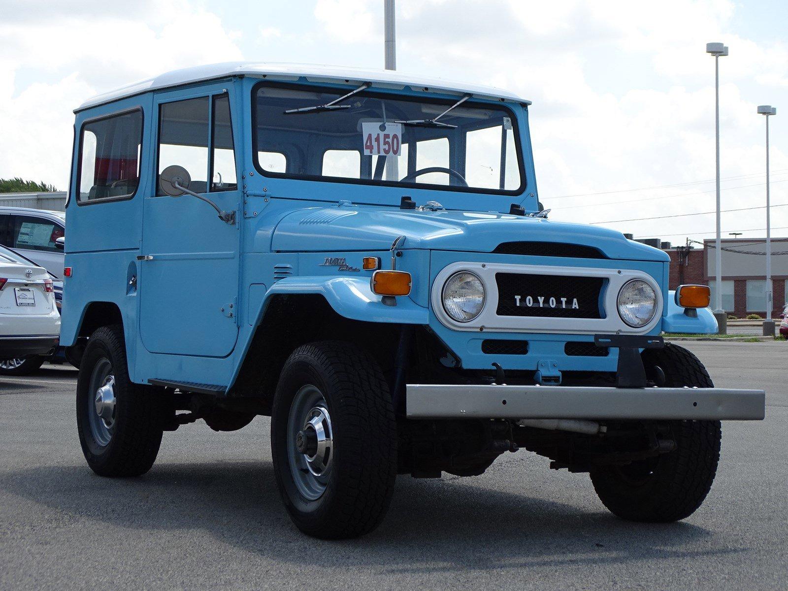 Pre-Owned 1971 Toyota FJ Land Cruier